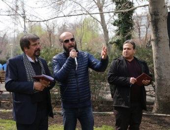 کاشت 60 نهال در بوستان لاله توسط اصحاب رسانه و فرهنگ