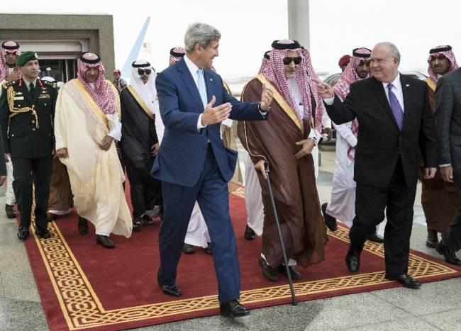 داعش چگونه منافع آمریکا را در منطقه تامین میکند؟