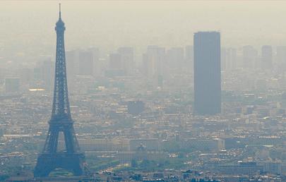 آلودگی هوای پاریس به «خط قرمز» رسید