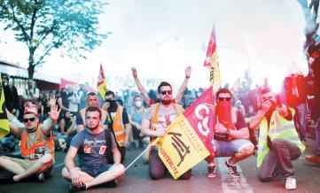 فرانسه با اعتراضات 133 شهری فلج شد