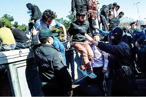 تشديدبرخورد با اراذل و اوباش مطالبه مردم است